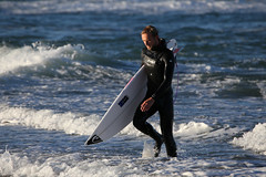 EuroSurf 2017 (thor_thomsen) Tags: 081017iii eurosurf 2017 sunday morning warmup surfer shore beach waves bore rogaland norway color sea coldwater