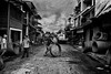 Vietnam circle (rvjak) Tags: caibe vietnam circle working travail street rue d750 nikon noir blanc white black bw asia asie hommes men