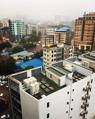(Verte Ruelle) Tags: rain rangoon yangon sanchaung burma birma myanmar asia streetlife city
