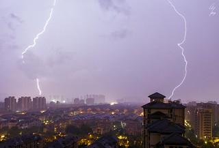 Double coups de foudre proches - Close double lightning stricke - 02/07/2017 - Hangzhou (China)