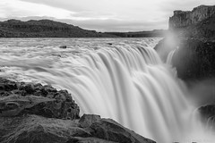 Nature has fixed no limits on our hopes (OR_U) Tags: 2017 oru iceland dettifoss longexposure le bw blackandwhite blackwhite schwarzweiss monochrome waterfall smooth landscape waterscape rocks rift bjork