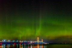 Northern lights at Mackinac bridge (Wallboat) Tags: bridge commoncreativeimages freeimages freephotos hdwallpaper light michigan night royaltyfree