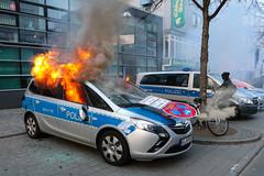 Blockupy_Frankfurt_2015_Ausschreitungen_Gewalt_Polizei (52 von 110) (Marcel Bauer) Tags: frankfurt ausschreitungen tear gas ezb