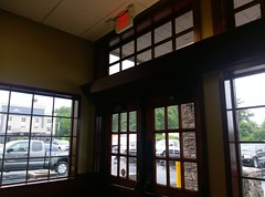 Final early June 2017 view out the front vestibule (l_dawg2000) Tags: 1990s 2016remodel breakfast breakfastbuffet conversion desotocounty goldencorral labelscar mississippi ms remodel restaurant retail retailconversion roastbeef ryans hornlake unitedstates usa horn lake