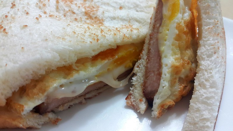[澎湖] 早餐必吃的古早味手工蛋饼-那朵