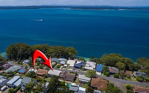 35 Gloucester St, Nelson Bay NSW 2315