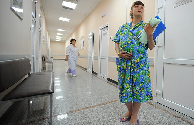 В РФ  со 2016-го  вырастет сумма декретных пособий ибольничных
