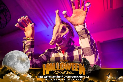 """Halloween Costume Ball 2017 • <a style=""""font-size:0.8em;"""" href=""""http://www.flickr.com/photos/95348018@N07/38077682421/"""" target=""""_blank"""">View on Flickr</a>"""