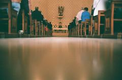 San Miguel y sus fieles (srgpicker) Tags: 200 35mm analog canon canonet castellote expired film iglesia iso200 lowdown misa ql17 tudorcolor xlx xlx200 giii rangefinder canonetql17 centrofuji canonetql17giii analogue chiesa mass priest bishop obispo floor stmichael sanmiguel arcangel