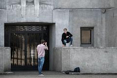 Op de Kiek voor Radio Kootwijk (Bram Meijer) Tags: kootwijkerzand radiokootwijk kootwijk staatsbosbeheer veluwe photoshoot fotoshoot nederland netherlands grijs gray architecture architectuur juliusluthmann
