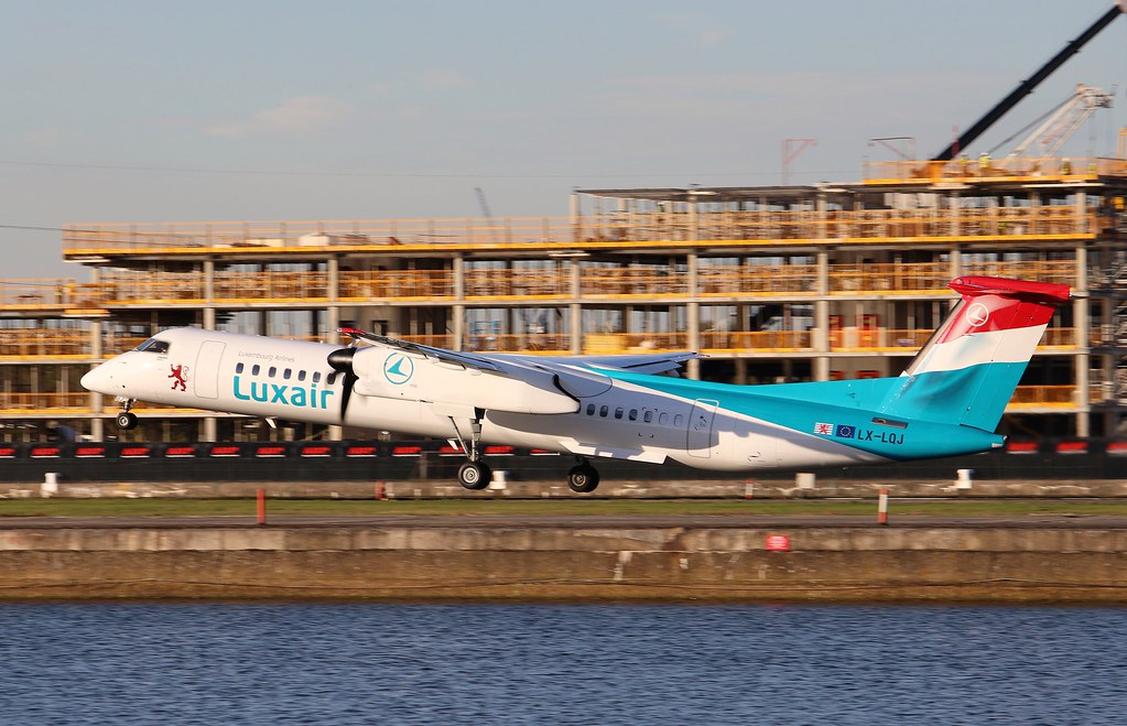 The World's newest photos of dash8 and eglc - Flickr Hive Mind
