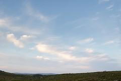 Campagne de Rieutort d'Aubrac, Lozère (lyli12) Tags: aubrac paysage nature ciel nuage lozère landscape leverdesoleil france nikon d7000