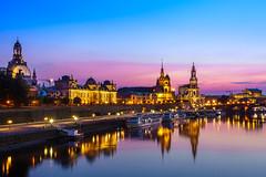 Lovely sunset over Dresden (Mandragoa81) Tags: city stadt dresden river fluss sunset sundown sonnenuntergang germany deutschland elbe historicalbuildings sonyalpha6000 zeiss1670z
