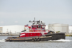 r_170921248_beat0057_a (Mitch Waxman) Tags: killvankull newyorkcity newyorkharbor statenisland tugboat newyork