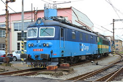 122-035 at Usti shed (Karel1999 Over Two Million views ,many thanks) Tags: vlak zug locomotives trains railway railroad czechrepublic ustinadlabem