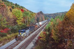 New Milford Intermodal (douglilly) Tags: delawarehudson newmilford gp392