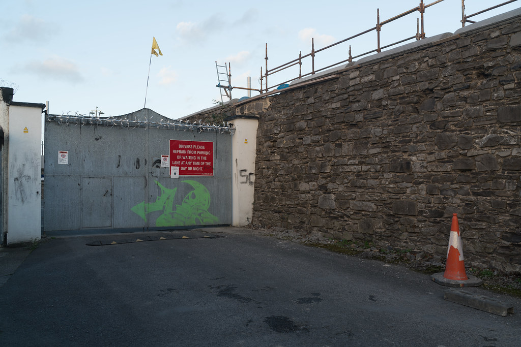 TODAY I TRIED TO LOCATE THE NEW GRANGEGORMAN TRAM STOP [I COULD NOT FIND THE ACTUAL ENTRANCE]-133073