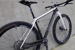 Konstructive-IOLITE-XX1-Pro-Bike-PearlWhite-RR