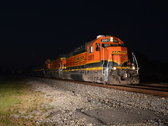 Late Runner (Robby Gragg) Tags: bnsf gp382 2001 lockport