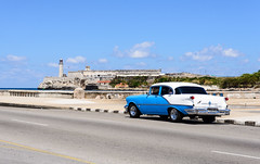Havana, Cuba - Old Car @Malecón (GlobeTrotter 2000) Tags: malecon cuba port lighthouse havana travel tourism carribean tropical
