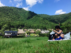iPhone 6s Plus (DaDa1127) Tags: mountain lakeside hill peak picnic paradise park japan japanese asia beautiful beauty amazing grass landmark landscape landscapes kyoto colorful mountains sky clouds childhood child children mother family summer lifestyle baby