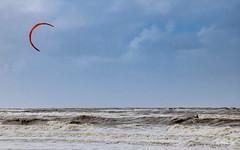 Kite (Q-BEE) Tags: dolcevita autumn noordwijk familie holidays weekend kids holland sharkies family kinder freunde netherlands kite surfer waves kitesurfer sea mare surfing