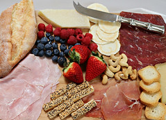 2017 Sydney: Spring Picnic (dominotic) Tags: 2017 food fruit nuts coldmeat biscuits springpicnic baguette bread ham cheesetwists prosciutto minitoasts cashewnuts bresaola waferbiscuits cheese strawberries blueberries raspberries sydney australia