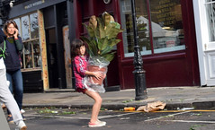 DSC_5453a London Columbia Road Sunday Flower Market Little Girl Large Plant (photographer695) Tags: london columbia road sunday flower market little girl large plant