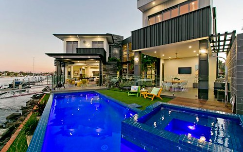22 Voyagers Court, Raby Bay QLD