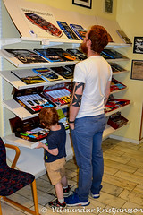 Mikael & Matti at Fordon museum (DSC_4578vk) (Villi Kristjans) Tags: vilmundur vk villi vkphoto kristjansson kristjans kristjáns kristjánsson old indoor trip travel summer digital d3200 vacation color colour nikon sweden sverige svíþjóð varmland arvika fordon museum car july 2017 mikael bjarki marteinsson boy child matti marteinn ingunnarson man show sale