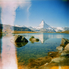 matterhorn (thomasw.) Tags: expired cross crossed analog holga matterhorn stellisee wallis wanderlust valais schweiz switzerland suiza suisse europe europa travel travelpics 120 mf