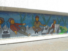 987 (en-ri) Tags: bibbito uomini men reggio emilia wall muro graffiti writing azzurro arancione verde droga drug