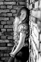 Game of light (@Dpalichorov) Tags: portrait portraite wall bricks brick light bright woman girl kid sexy beautifull bw blackandwhite monochrome bandw blackwhite nikond3200 nikon d3200 bwportrait