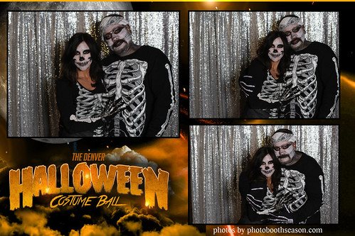 """Denver Halloween Costume Ball • <a style=""""font-size:0.8em;"""" href=""""http://www.flickr.com/photos/95348018@N07/37972669566/"""" target=""""_blank"""">View on Flickr</a>"""