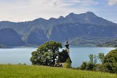 Oberösterreich Attersee  Steinbach_DSC0546A (reinhard_srb) Tags: oberösterreich attersee steinbach see wasser schwimmen baden berge wald salzkammrgut erholung urlaub freizeit ferien tourismus sommer sonne wolken wiese kirche schoberstein schafberg panorama