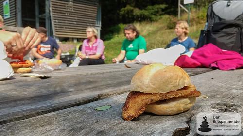 Wandern auf dem SchniBrö: Schnitzelbrötchen - Rennsteig bei Oberhof
