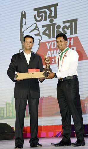 21-10-17-PM ICT Advisor Sajeeb Wazed Joy_Joy Bangla Youth Award-50