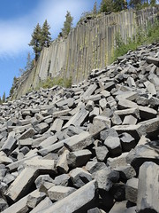 California, Mammoth Lakes, Devils Postpile National Monument DSCN0466 (ianw1951) Tags: basalt california columnarjointing lava usa geology