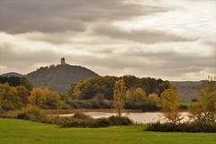Burg Olbrück und Rodder Maar (clemensgilles) Tags: eifel eifellandschaft burg castle autumn