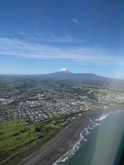 Distinctively Taranaki! (Kevin Fenaughty) Tags: outdoor flying mountain volcano taranaki egmont urban newplymouth beach ocean newzealand