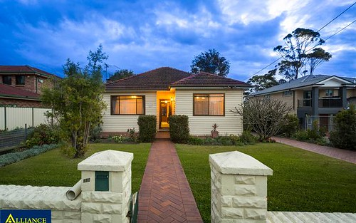 680 Henry Lawson Dr, East Hills NSW 2213