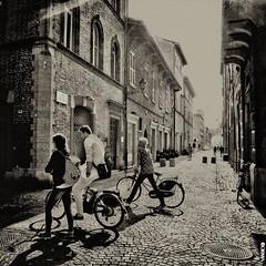 #BIKE2OMBRE #Fano IMG_0028 - quad bike2 bn_resizeA (Viabici(c) di StefanoM) Tags: viabici bike2 bicicletta bici bike bicycle cykel fahrrad street city mono bw streetphotography chiaroscuro blackandwhite italia fano