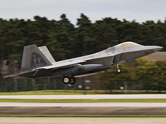 United States Air Force   Lockheed Martin F-22A Raptor   09-4175 (MTV Aviation Photography (FlyingAnts)) Tags: united states air force lockheed martin f22a raptor 094175 unitedstatesairforce lockheedmartinf22araptor usaf raflakenheath lakenheath egul canon canon7d canon7dmkii