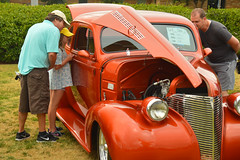 Sharing the finer parts of car shows with the younger generation (radargeek) Tags: duffnercitypark carshow 2016 car classic chapelhill photoguild chevy coupe 1939