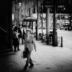 ginza walk/銀座散歩 (s_inagaki) Tags: ginza walk tokyo snap monochrome blackandwhite bnw bw canon50mmf15lmount 銀座 散歩 東京 スナップ モノクロ 白黒