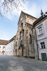 Stift Heiligenkreuz (Anita Pravits) Tags: 1187 cistercians heiligenkreuz kloster loweraustria niederösterreich romanesque romanik stiftheiligenkreuz wienerwald zisterzienser abbey