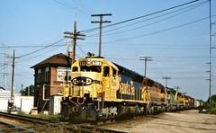 ATSF 5336 in Des Plaines,Illinois on September 10, 1994. (soo6000) Tags: devaltower deval desplaines illinois 50 manifest freight sd45 emd atsf5336 5336 santafe wisconsincentral atsf wc