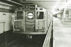 Downtown subway (LRO_1) Tags: nikon nikond7200 d7200 camerabag2 usa unitedstatesofamerica newyork brooklyn subway courtstreet mta transitmuseum museum blackwhite blackandwhite blackwhitephotos blackandwhitephoto monochrome r11 8013