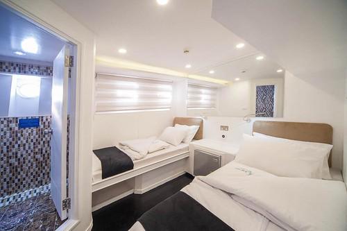Cabin lower deck
