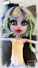 Lunas neuer look (Bernsteindrache7) Tags: summer doll toy color handy house home monsterhigh puppen